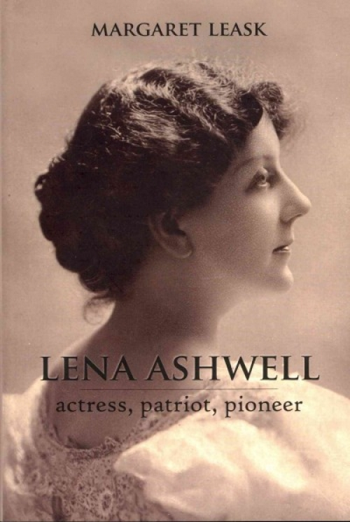 Lena Ashwell: actress, patriot, pioneer